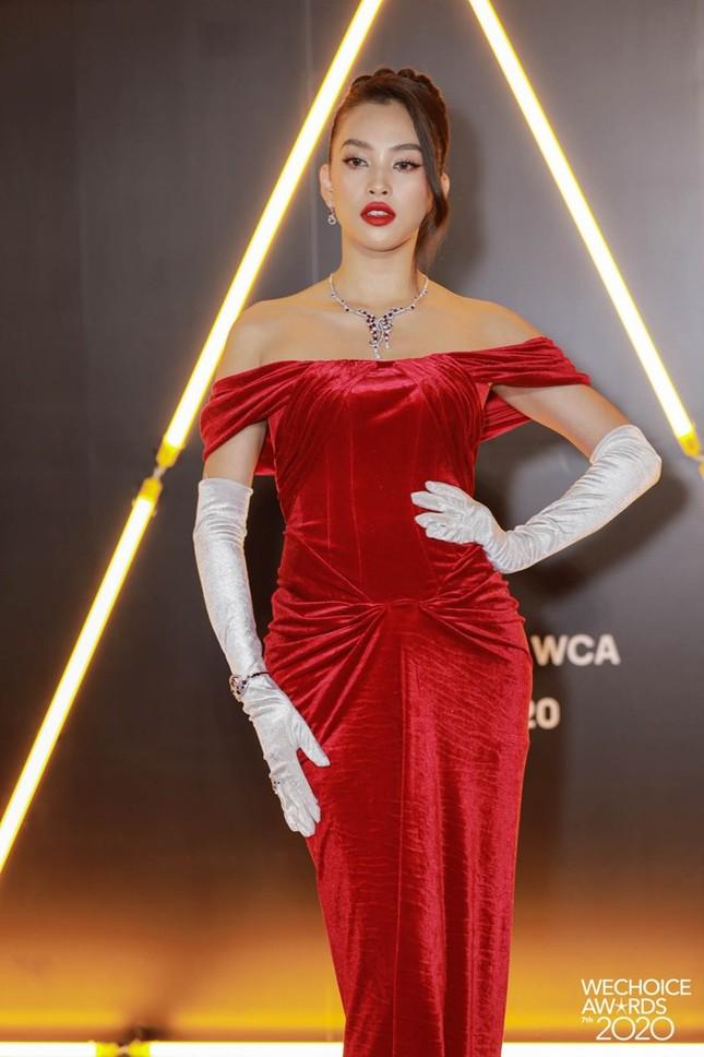 Ngắm Hoa hậu Đỗ Thị Hà và dàn cựu Hoa hậu khoe dáng xinh như mộng trên thảm đỏ ảnh 5