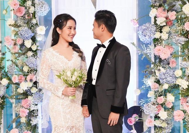 Bất ngờ với hành động của Midu trong ngày tình cũ Phan Thành cưới vợ ảnh 8