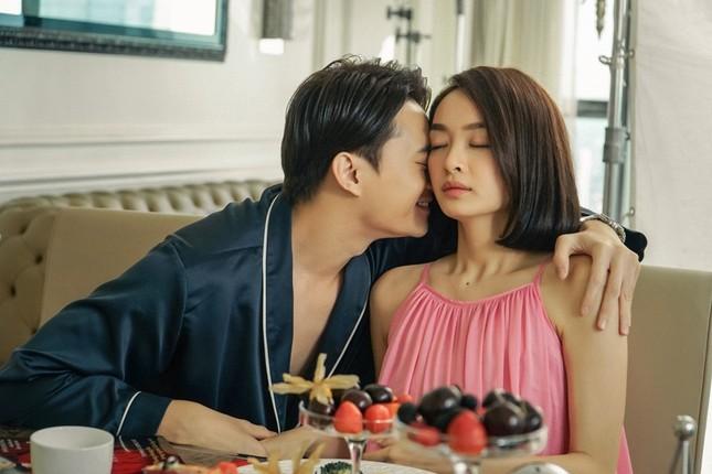 """Lần đầu đóng cảnh nóng trong """"Gái già lắm chiêu"""", Kaity Nguyễn táo bạo đến mức khiến khán giả đỏ mặt ảnh 4"""
