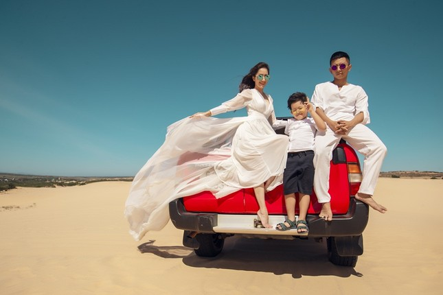 Rất vụng về khi làm việc nhà nhưng cớ sao Khánh Thi vẫn được chồng trẻ yêu chiều? ảnh 7