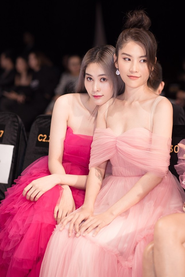 Nam Anh, Nam Em cùng đăng ký thi Hoa hậu, ai có lợi thế hơn trên đấu trường sắc đẹp? ảnh 2