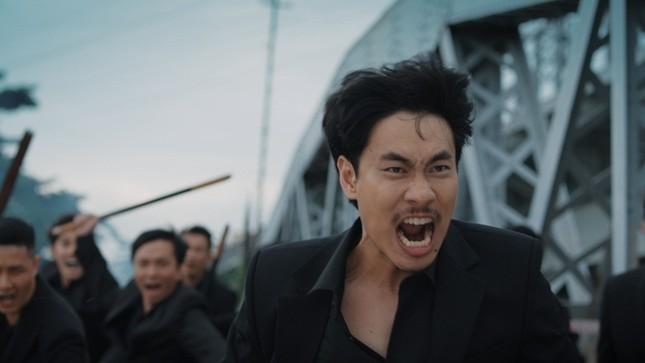 """Phim Việt """"giàu"""" nhất sở hữu bộ ba trăm tỷ, ngay cả đến cái tên cũng """"ngửi thấy mùi tiền"""" ảnh 1"""