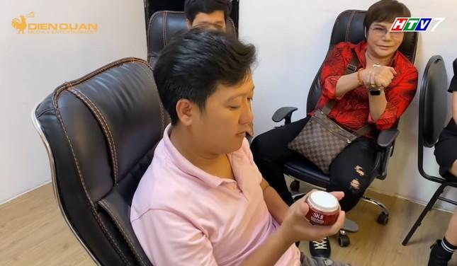 """Trường Giang thú nhận bị Nhã Phương """"ép"""" xài kem dưỡng da mặt ảnh 5"""