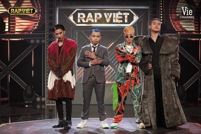 """Trận đấu nảy lửa, lộ diện những cái tên đầu tiên vào Chung kết """"Rap Việt"""" ảnh 7"""