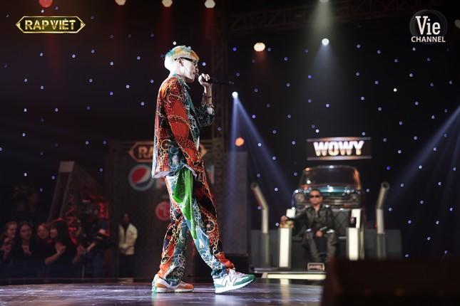 """Trận đấu nảy lửa, lộ diện những cái tên đầu tiên vào Chung kết """"Rap Việt"""" ảnh 13"""