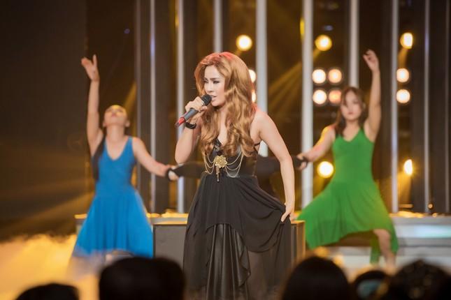 """Hòa Minzy """"vạch mặt"""" Lynk Lee cực """"lầy lội"""" trên sóng truyền hình ảnh 9"""