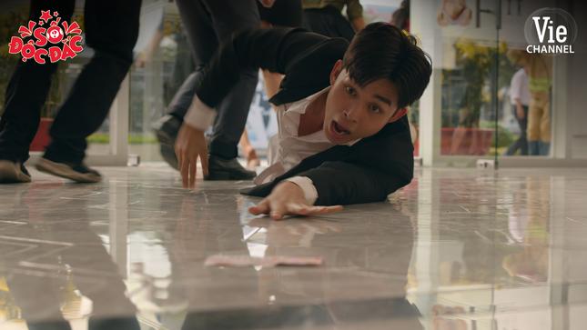 Vừa trúng số, Jun Phạm đã bị hội bạn thân Puka - Ngọc Trai chơi xấu ảnh 3