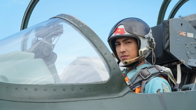 """Bình An đối đầu Thanh Sơn trong phim Tết, phải chăng vì một """"bóng hồng""""? ảnh 7"""