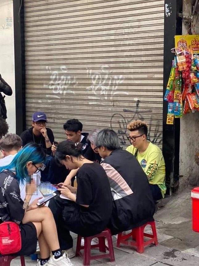 """Casting """"Rap Việt"""" ở Hà Nội: Xếp hàng kín phố, Gừng, Chị Cả và 16 Northside gây xôn xao ảnh 6"""