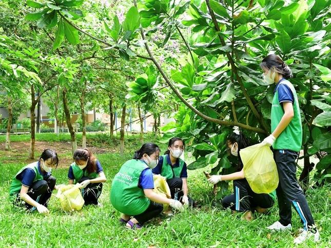 Sinh viên tích cực tham gia bảo vệ môi trường cùng Lotte Xylitol ảnh 2