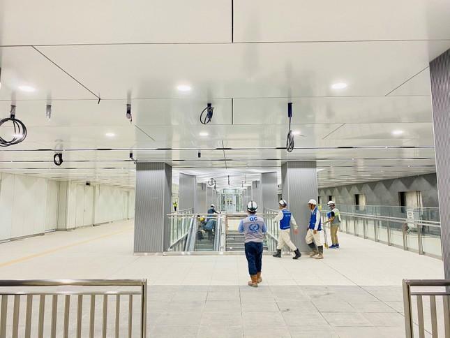 """Ngắm thiết kế cực nghệ của ga Bason (Tuyến Metro số 1): Đặt lịch """"sống ảo"""" ngay thôi! ảnh 3"""