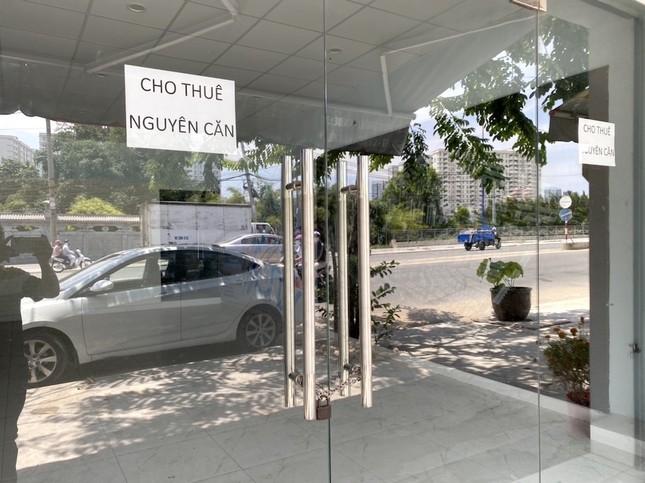 Hàng loạt sàn môi giới bất động sản đóng cửa vì dịch Covid-19 ảnh 7