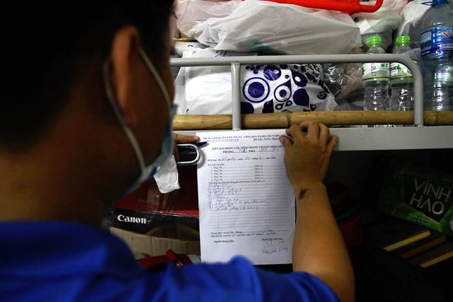 50.000 thùng carton đóng đồ cho sinh viên ký túc đón người cách ly Covid-19 ảnh 17