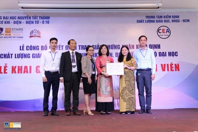 7 chương trình đào tạo của trường ĐH Nguyễn Tất Thành đạt chuẩn kiểm định ảnh 1