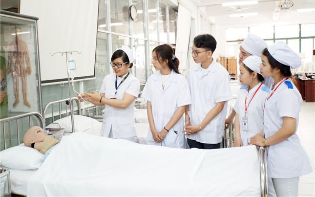 Ngành Y khoa của trường ĐH Quốc tế Hồng Bàng có mức học phí gần 1,2 tỷ đồng ảnh 1