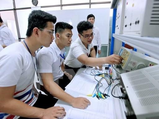 ĐH Đà Nẵng công bố điểm chuẩn xét tuyển học bạ ảnh 1