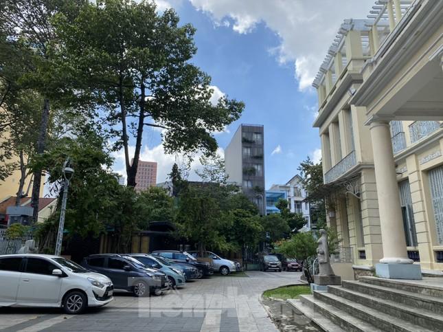 Bảo tàng Mỹ thuật TPHCM bị lún nứt do cao ốc khu tứ giác Bến Thành thi công ảnh 9