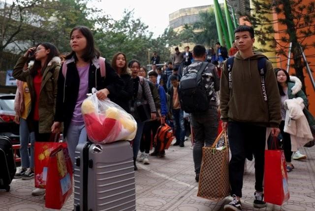 Sinh viên nghỉ tết Tân Sửu gần 1 tháng ảnh 1