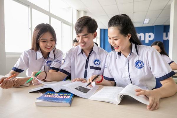Nhiều trường mở cửa đón sinh viên đi học trở lại ảnh 1