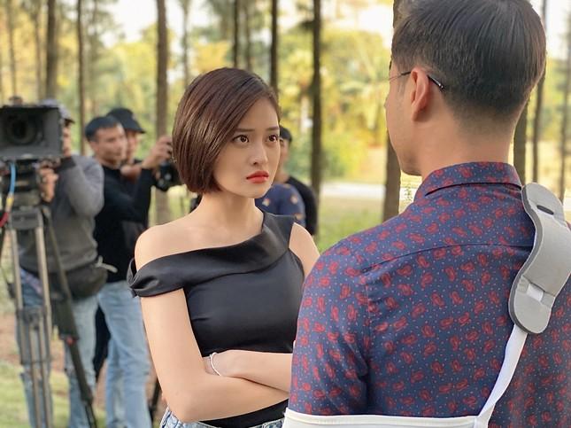 Thùy Anh tham gia 'vũ trụ phim VTV' cùng Lã Thanh Huyền, Diễm My 9x ảnh 1