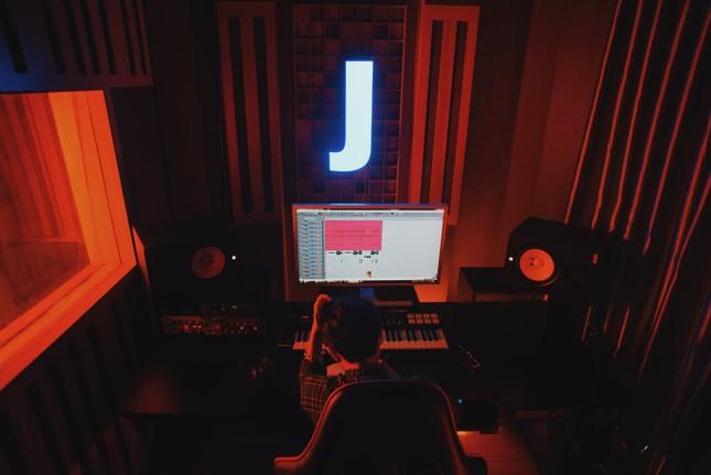 Jack xác nhận sẽ comeback trong tháng 9: MV mới sẽ có nhiều cảnh hành động? ảnh 4