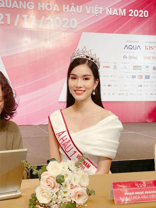 Top 3 Hoa Hậu Việt Nam 2020 lần đầu xuất hiện sau đăng quang, sẵn sàng giao lưu trực tuyến ảnh 4