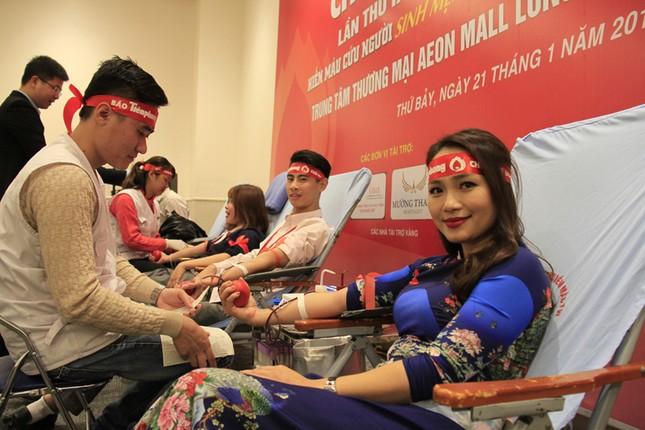 Lần đầu tiên doanh nghiệp FDI tham gia Chủ Nhật Đỏ ảnh 11