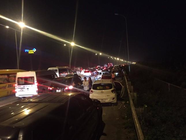 Ùn tắc kinh hoàng gần 10km trên cao tốc Cầu Giẽ - Ninh Bình ảnh 2