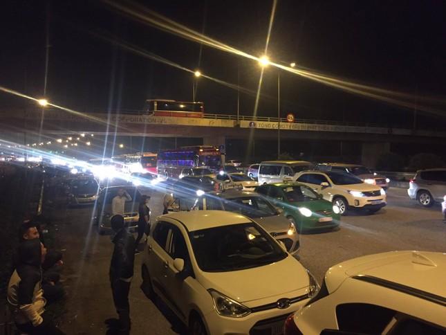 Ùn tắc kinh hoàng gần 10km trên cao tốc Cầu Giẽ - Ninh Bình ảnh 5