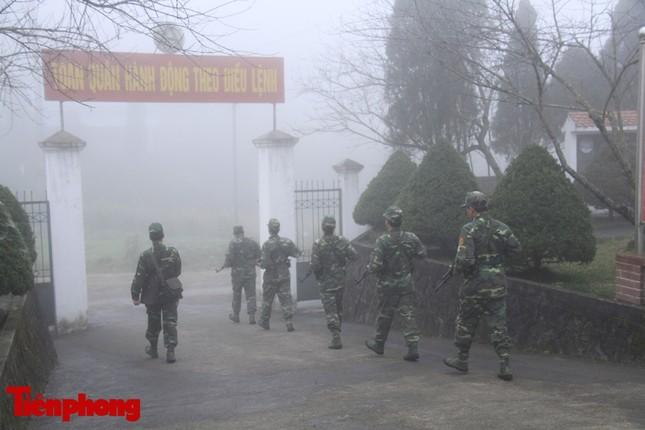 Theo chân chiến sĩ tuần tra biên cương trong mù sương giá rét ảnh 4