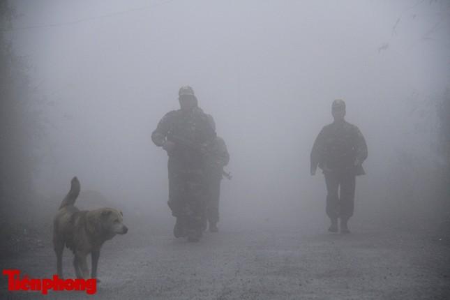 Theo chân chiến sĩ tuần tra biên cương trong mù sương giá rét ảnh 5