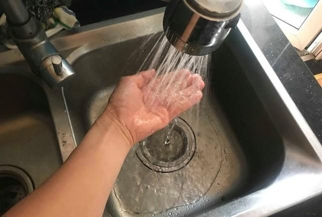 Hà Nội thông báo nước sông Đà an toàn, có thể sử dụng ăn uống ảnh 1
