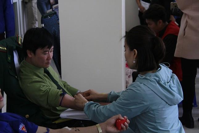 Xứ Thanh rộn ràng ngày hội hiến máu Chủ nhật Đỏ ảnh 11