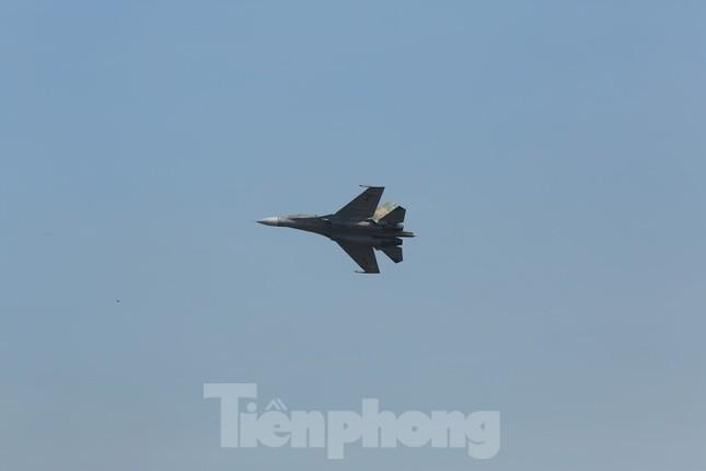 Su-30MK2 – Những 'thiên binh' canh trời - giữ biển ảnh 14