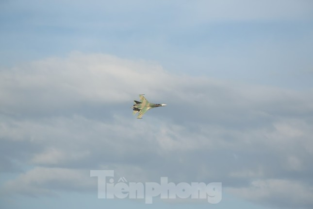 Su-30MK2 – Những 'thiên binh' canh trời - giữ biển ảnh 16