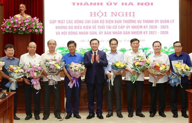 Hà Nội: Nhiều cán bộ nghỉ hưu sớm, tạo điều kiện sắp xếp người thay thế ảnh 2