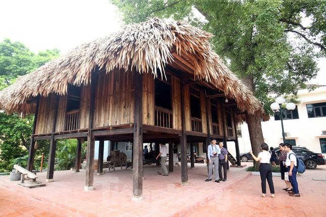Thăm bảo tàng 'hoành tráng' vừa khánh thành chào mừng ĐH Đảng bộ tỉnh Yên Bái ảnh 14