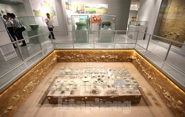 Thăm bảo tàng 'hoành tráng' vừa khánh thành chào mừng ĐH Đảng bộ tỉnh Yên Bái ảnh 6