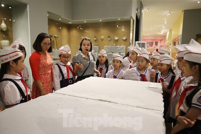 Thăm bảo tàng 'hoành tráng' vừa khánh thành chào mừng ĐH Đảng bộ tỉnh Yên Bái ảnh 8