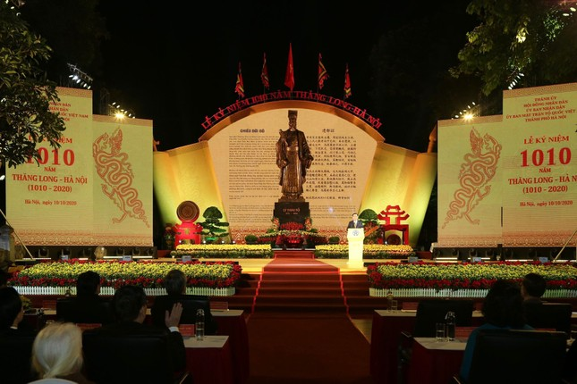 Bí thư Vương Đình Huệ: Thăng Long - Hà Nội bừng sáng, vươn mình với vị thế mới ảnh 2