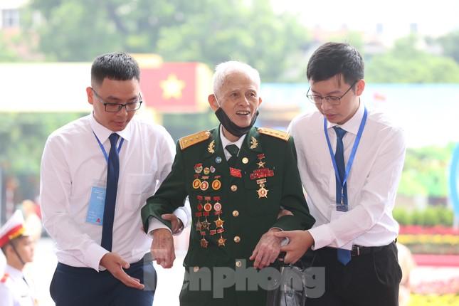 Tổng Bí thư, Chủ tịch nước dự phiên khai mạc Đại hội Đảng bộ TP Hà Nội ảnh 30