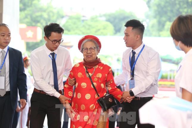 Tổng Bí thư, Chủ tịch nước dự phiên khai mạc Đại hội Đảng bộ TP Hà Nội ảnh 29