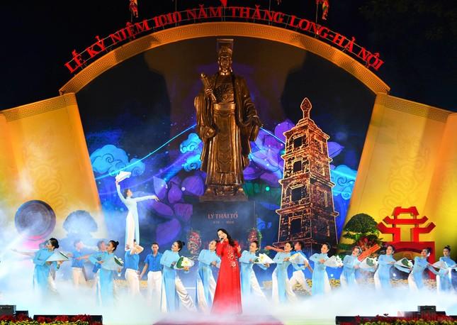 10 sự kiện tiêu biểu của Thủ đô Hà Nội năm 2020 ảnh 3