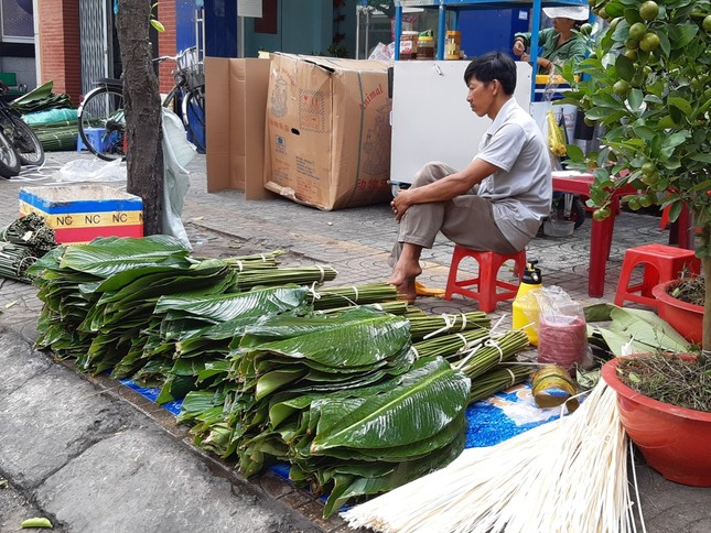 Chợ lá dong nửa thế kỷ ở Sài Gòn ế ẩm do heo tăng giá ảnh 3