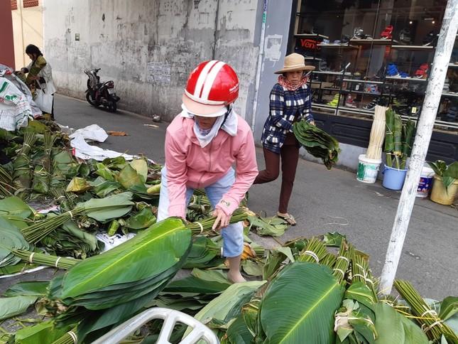Chợ lá dong nửa thế kỷ ở Sài Gòn ế ẩm do heo tăng giá ảnh 7