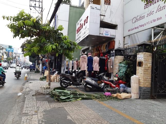 Chợ lá dong nửa thế kỷ ở Sài Gòn ế ẩm do heo tăng giá ảnh 8
