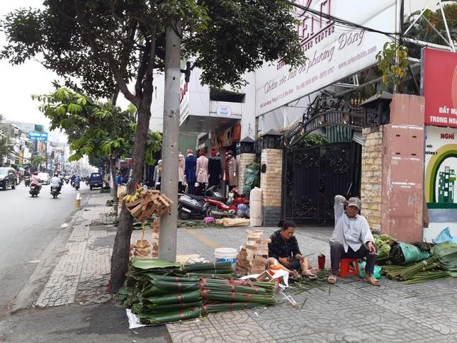 Chợ lá dong nửa thế kỷ ở Sài Gòn ế ẩm do heo tăng giá ảnh 9