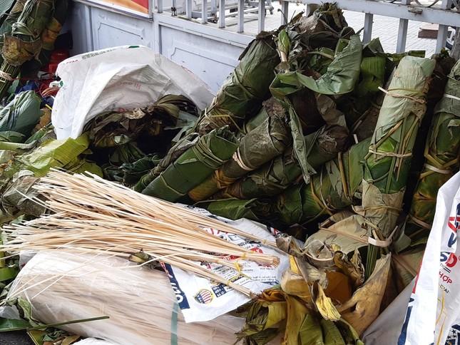 Chợ lá dong nửa thế kỷ ở Sài Gòn ế ẩm do heo tăng giá ảnh 19