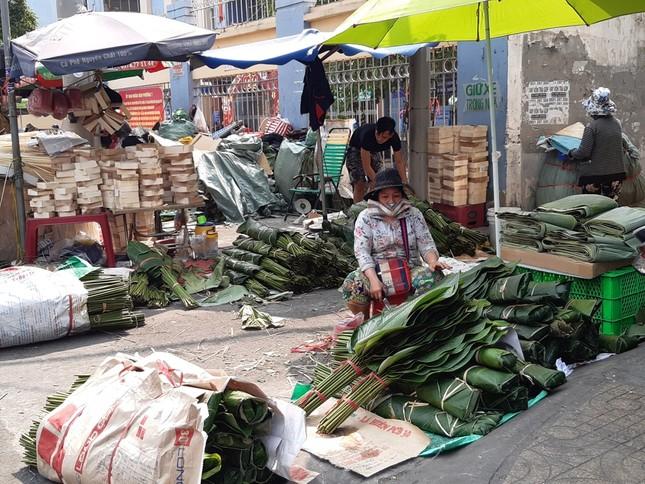 Chợ lá dong nửa thế kỷ ở Sài Gòn ế ẩm do heo tăng giá ảnh 12