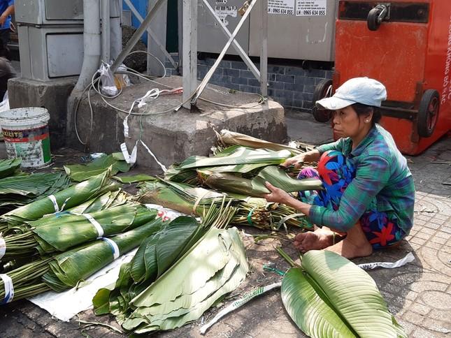 Chợ lá dong nửa thế kỷ ở Sài Gòn ế ẩm do heo tăng giá ảnh 2